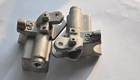 易削钢工件刚过防锈水还没烘干就生锈了?